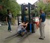 四轮改装燃油叉车称  货物搬运叉车改装称重
