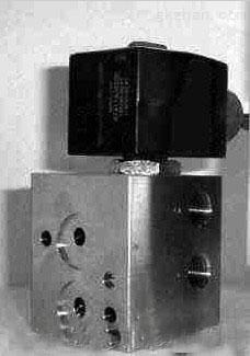 WSNF8327B102,NUMATICS平衡提升閥