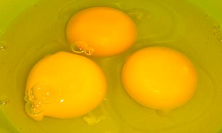"""打蛋机、真空包装机助鸡蛋""""突围"""" 附加值大提升"""