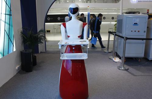 丰田正采用注册送59短信认证技术来训练机器人,成为家庭好帮手