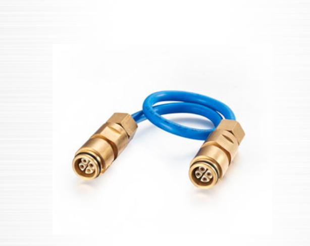 钢丝编织橡胶护套连接器连接器本体部分具有如下作用: ?使各接触弹片相互隔离,不能电性导通 ?固定各接触弹片 ?对各接触弹片进行机械保护