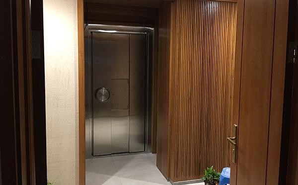 别墅密室机关门